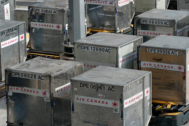 Airfreight recipientes de envío - foto de stock