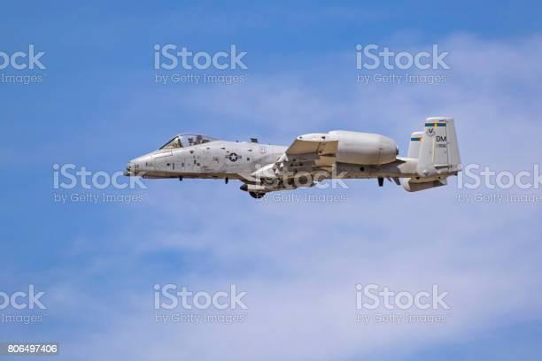 航空機 A10 サンダー ボルト Ii イボイノシシ ジェット戦闘機 ...