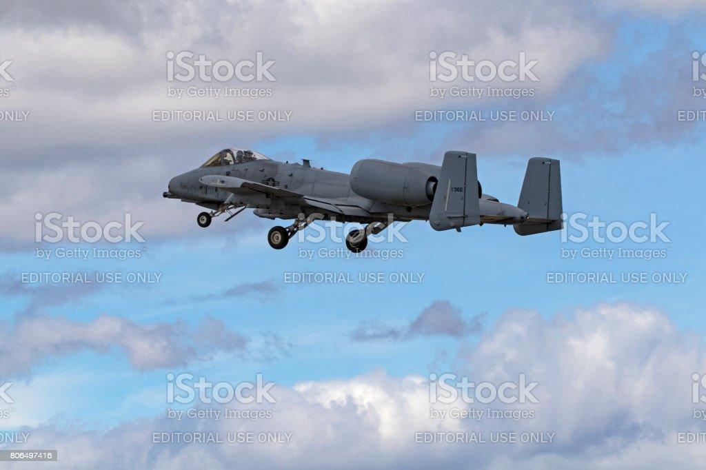 航空機 A10 サンダー ボルト Ii イボイノシシ ジェット戦闘機 - アエロ ...