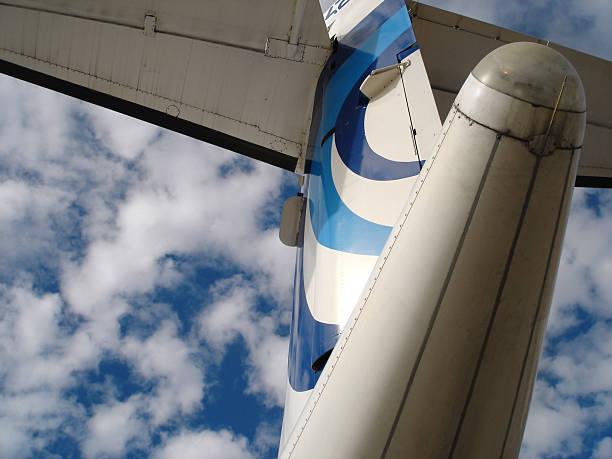 airplane tail - fsachs78 stockfoto's en -beelden