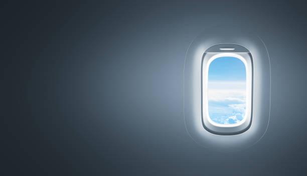ventana de avión con espacio de copia - avión fotografías e imágenes de stock