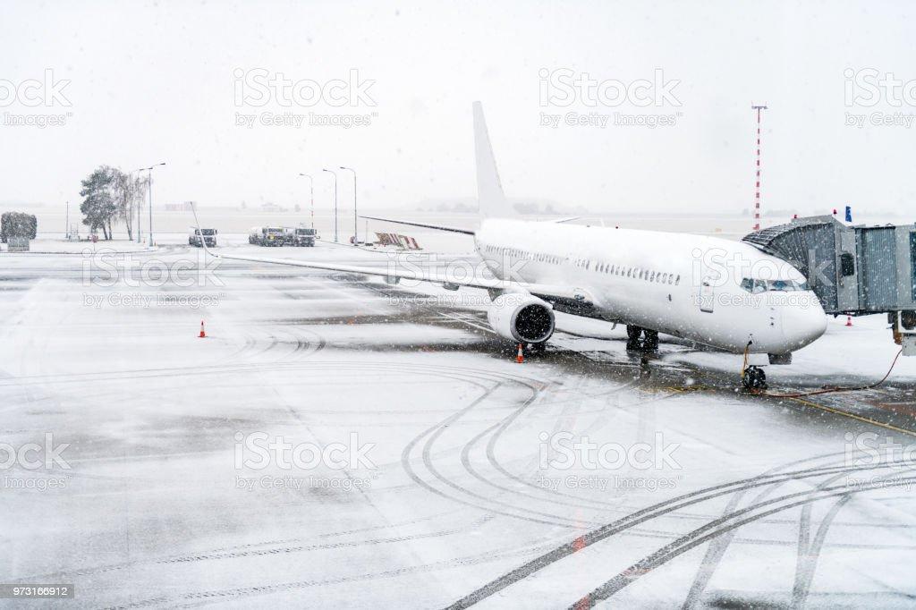 Flugzeug & Winter Reisen – Foto