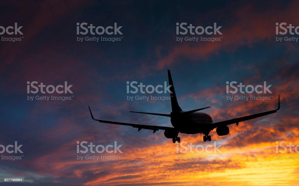 Pouso de aviões - foto de acervo