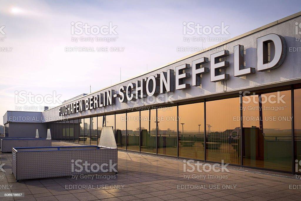 Aeroporto Berlino : Aeroporto di berlino schoenefeld fotografie stock e