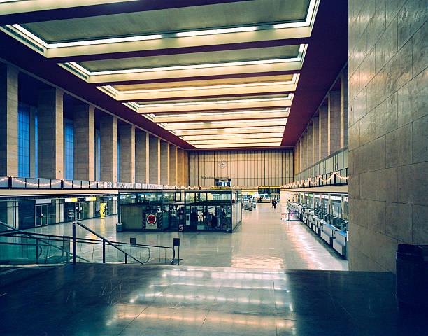 airport berlin tempelhof, germany - berlin tempelhof stock-fotos und bilder