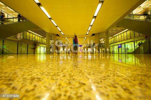 istock Airport Business Travel 472231635