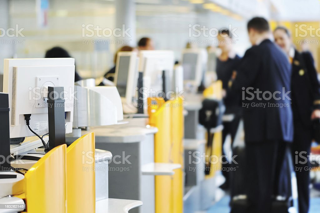 Airport Check-in Counter – Foto