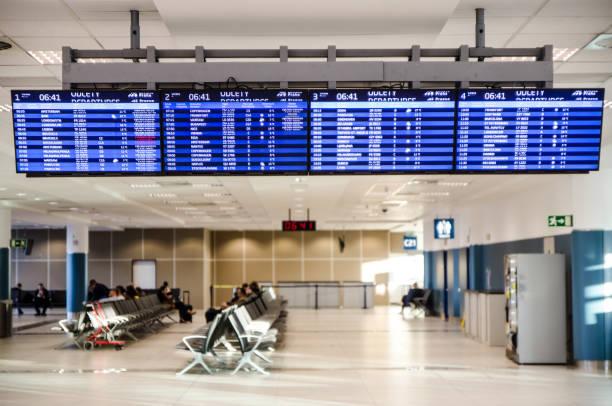 Abfahrtszone des Flughafens – Foto
