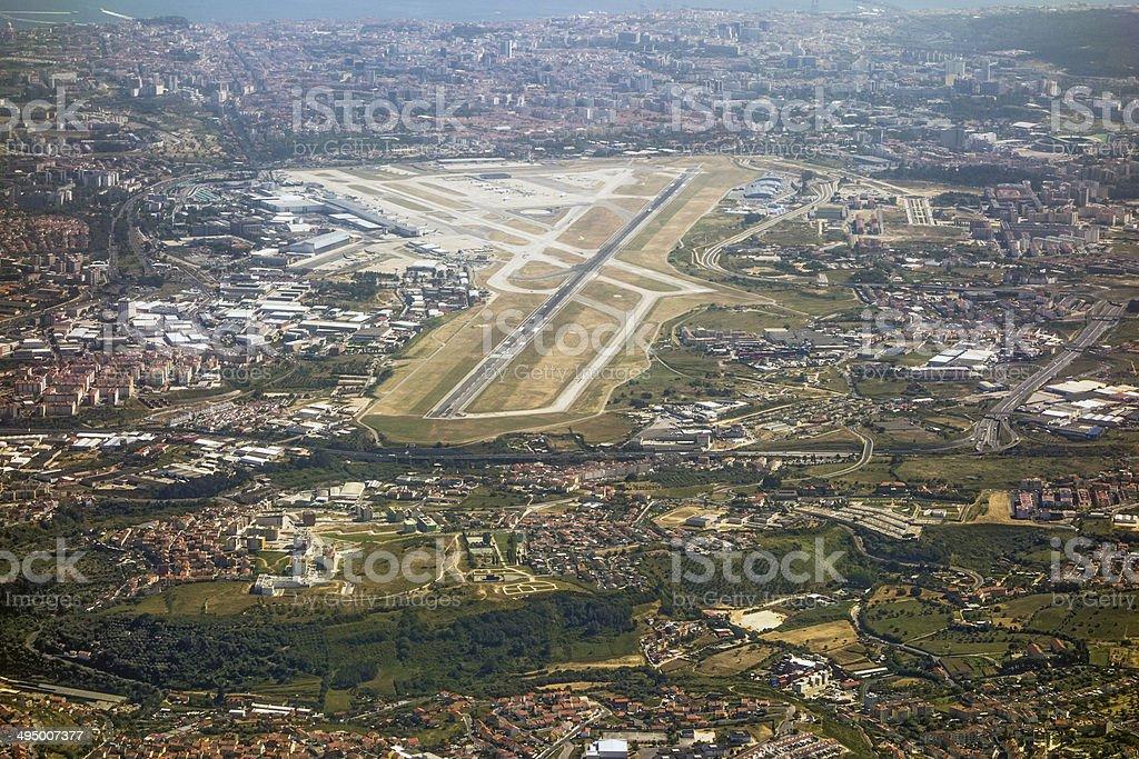 Aeroporto de Lisboa, a pista - foto de acervo