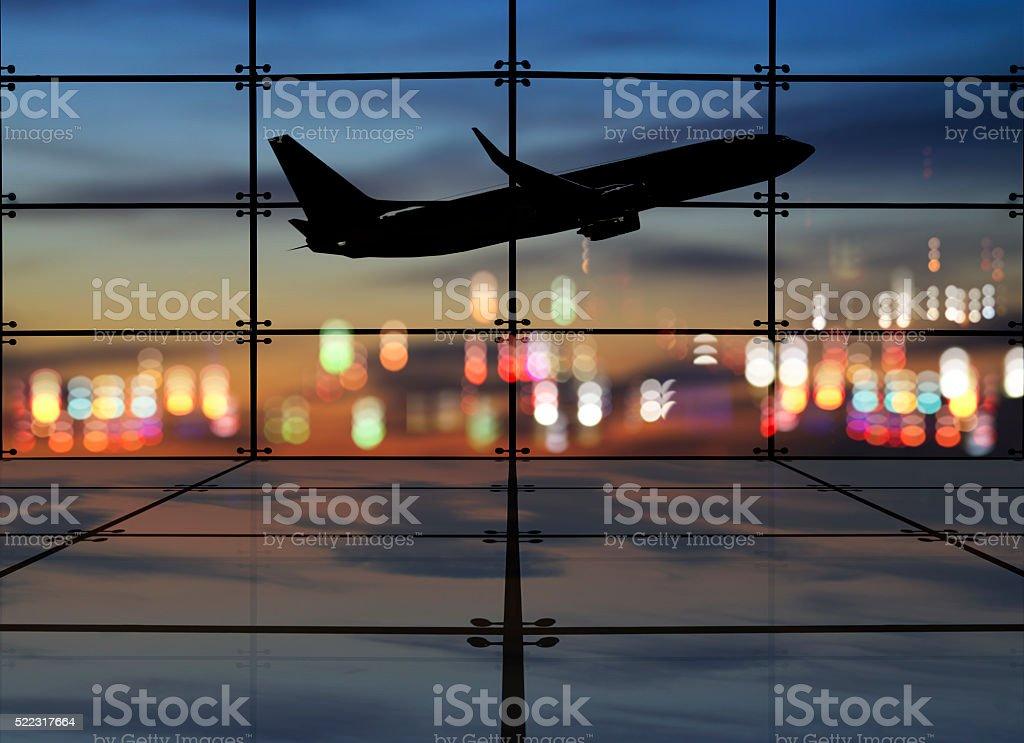 Sala de estar y el avión en el aeropuerto, tome la salida de la ciudad - foto de stock