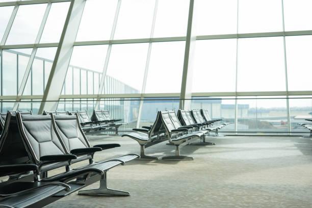 空港 - airport lounge ストックフォトと画像