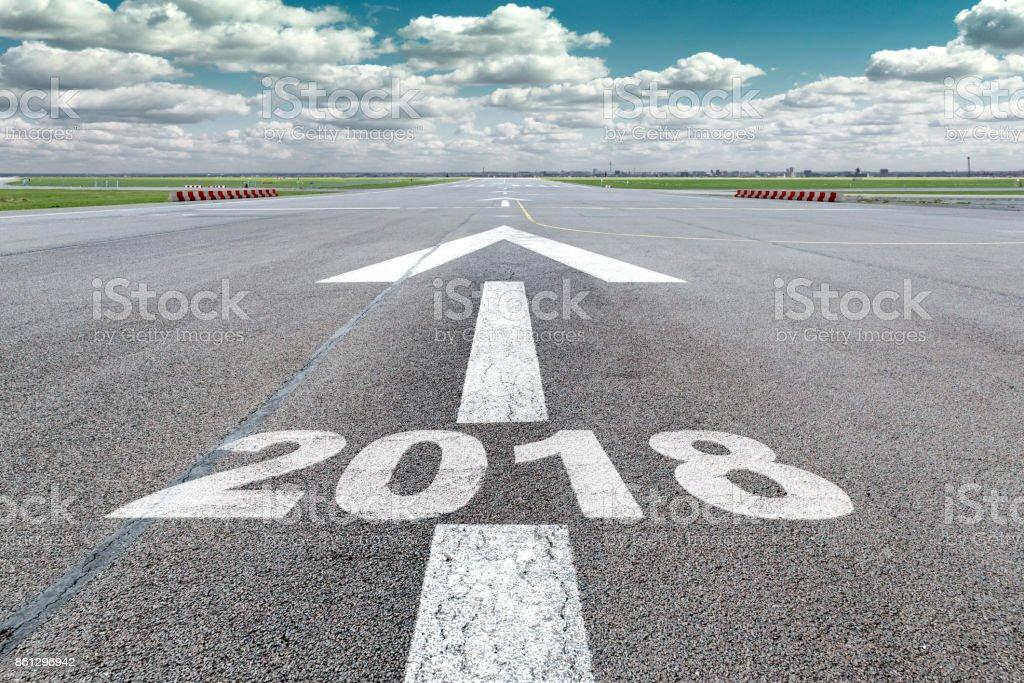 Flughafen-Start-und Landebahn-Pfeil 2018 – Foto