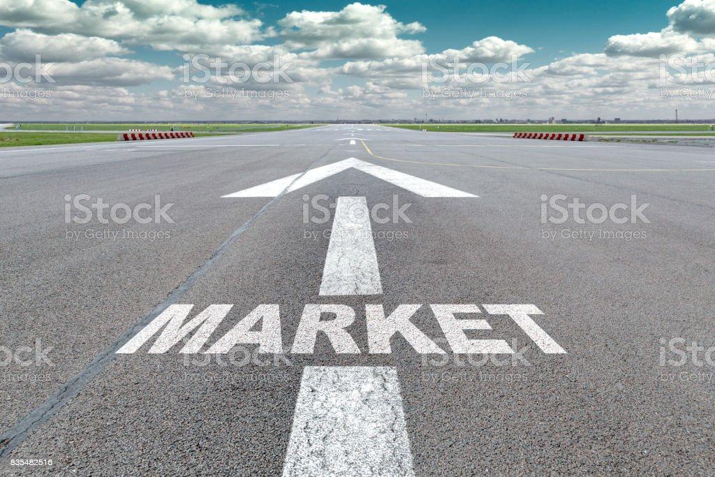 Flughafen-Start-und Landebahn-Pfeil-Markt – Foto