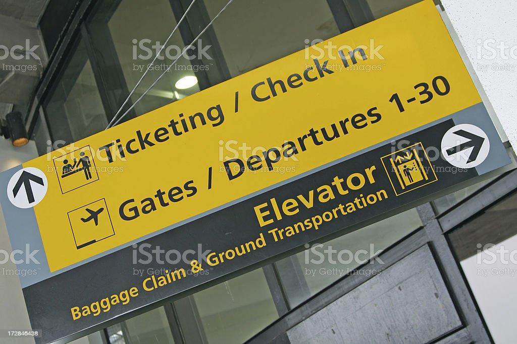 La señal para el aeropuerto # De 21 - foto de stock
