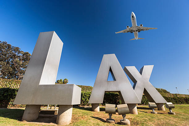 LAX airport sign - foto de acervo