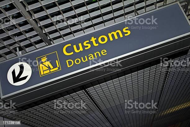 Airport Sign 62 Xl Stockfoto en meer beelden van Amsterdam