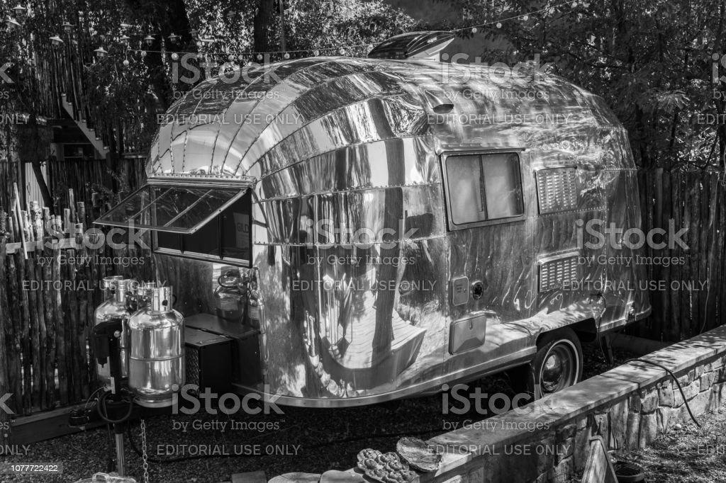 Blase Airstream Anhänger – Foto
