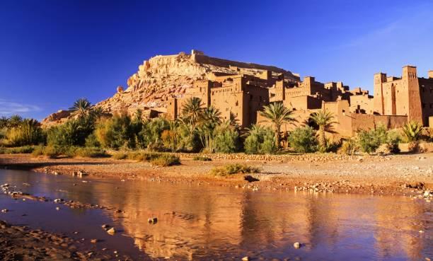 ait benhaddou citadel marokko unesco world heritage site - karavanserai stockfoto's en -beelden