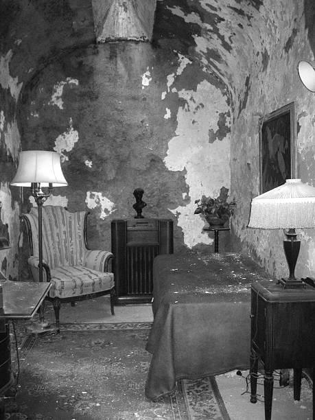 al capone's cell - doğu stok fotoğraflar ve resimler