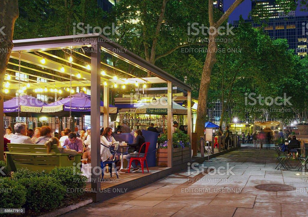 Al Fresco Dinning at Southwest Porch Bryant Park New York stock photo