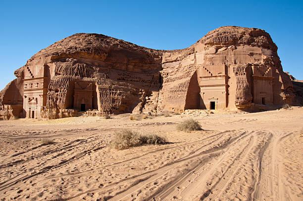 アル hijr 遺跡 madain サーレハサウジアラビアで - 考古学 ストックフォトと画像