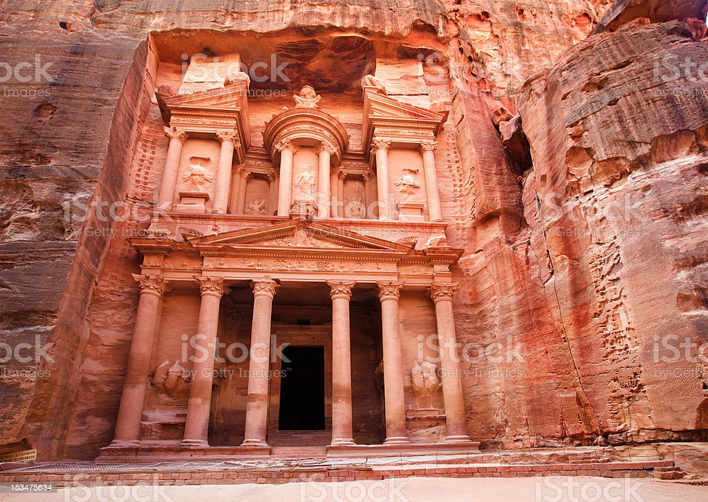 Al Khazneh - the treasury of Petra ancient city, Jordan stock photo