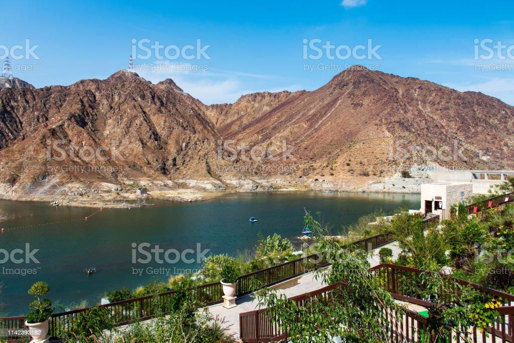 Al Rafisah Staudamm in Khor Fakkan in den Vereinigten Arabischen Emiraten - Lizenzfrei Abenteuer Stock-Foto