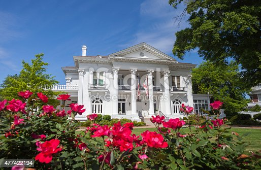 The Alabama Governor's Mansion in downtown Montgomery, Alabama.  The mansion was built in 1907 and is the official residence of the Governor of Alabama.