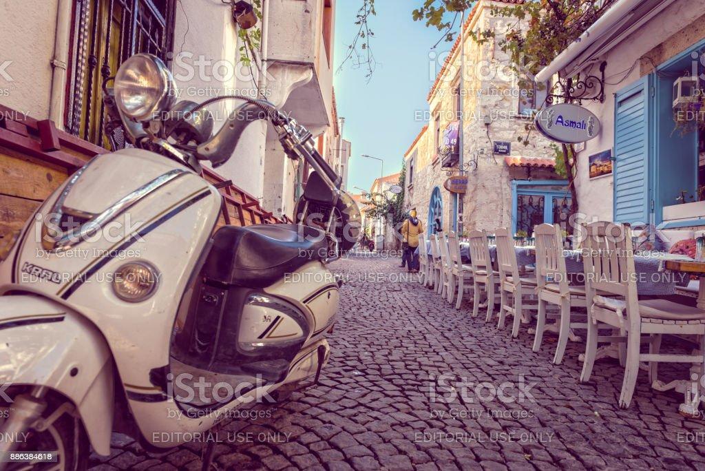 Alacati stad is een populaire bestemming in Izmir, Turkije foto