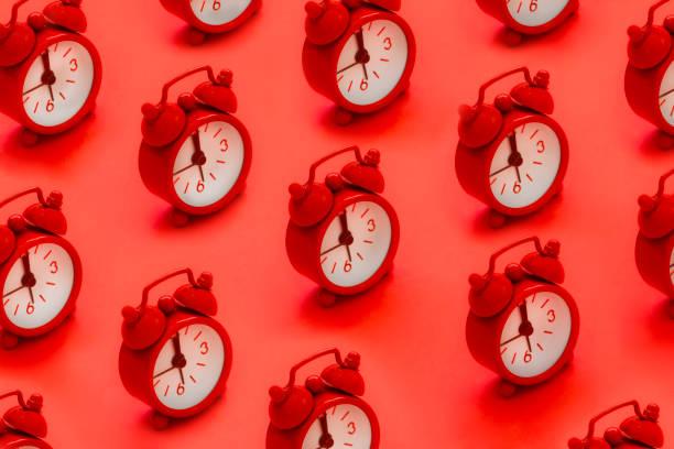 alarm clock - поп арт стоковые фото и изображения