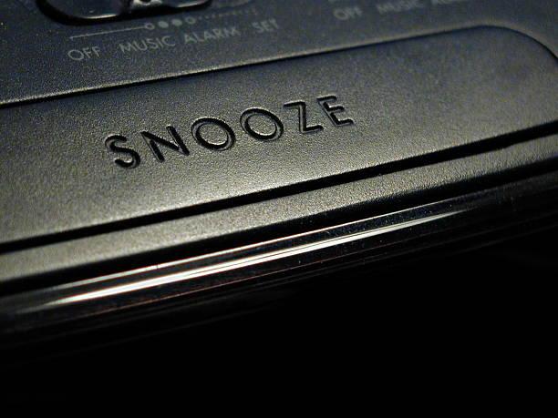 alarme nuit - faire un somme photos et images de collection