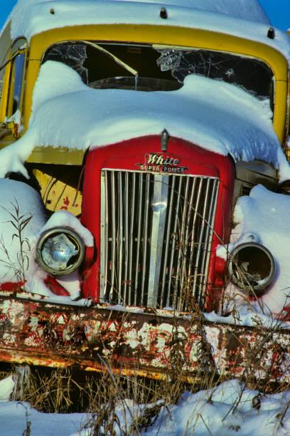alberta kanada landschaft - typisch 90er stock-fotos und bilder