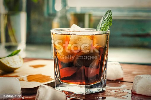 istock alcohol, rum, Cuba Libre, cocktail, longdrink, strong drink, 1033649272