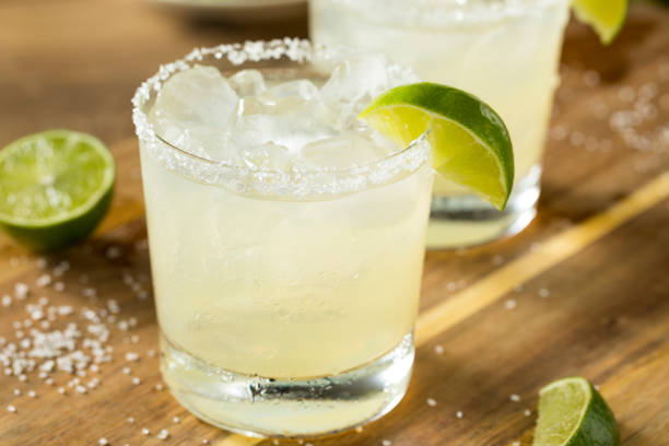 alcoholic lime margarita with tequila - margarita drink stock photos and pictures