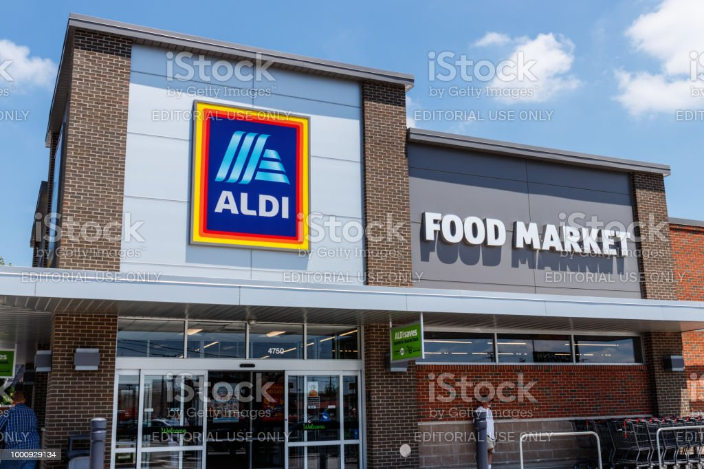 Aldi Discount Supermarket. Aldi sells a range of grocery items, including produce, meat & dairy, at discount prices V stock photo