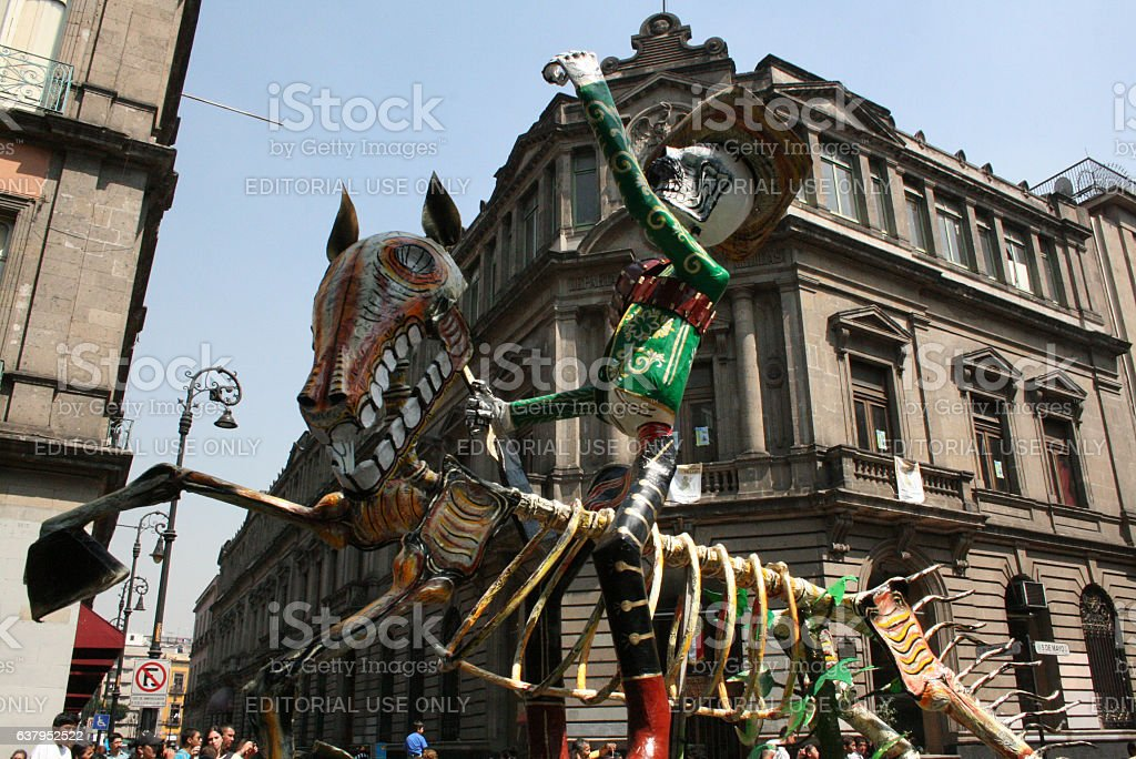 Alebrije parade across the streets downtown in México City. - foto de stock