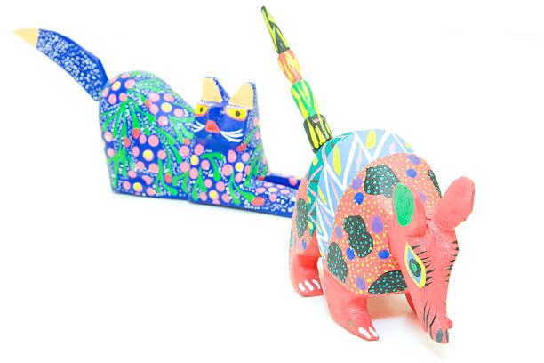 alebrijes coloridos animales - foto de stock