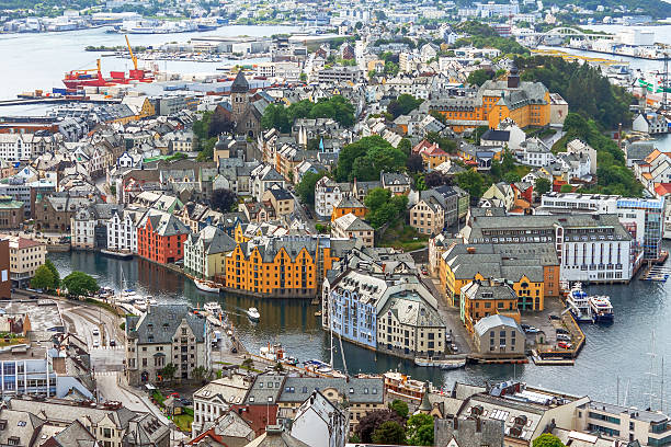 Alesund, Norway - town houses on sea front – Foto
