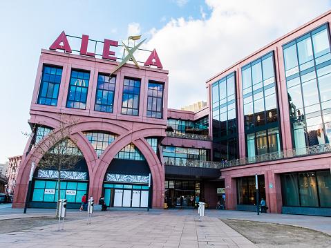 Allesandersplatz: Ein gemischtes Stück Stadt | Inforadio