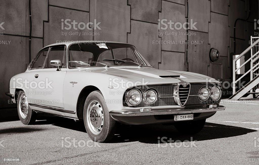 Alfa Romeo 2600 Sprint klassische italienische GT Sport Auto – Foto