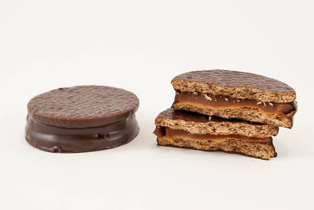 alfajor de chocolate - foto de stock