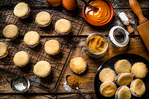 Alfajores. Traditional Argentinian cookies with dulce de leche
