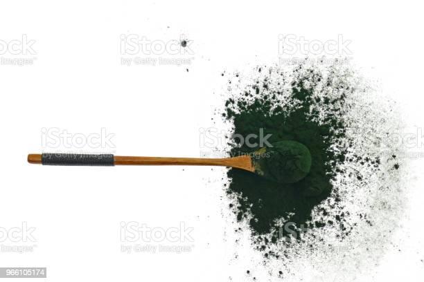 Alger Spirulina Spirulina Pulver I En Träslev På Vit Bakgrund Super Mat Tång-foton och fler bilder på Alger - Växt