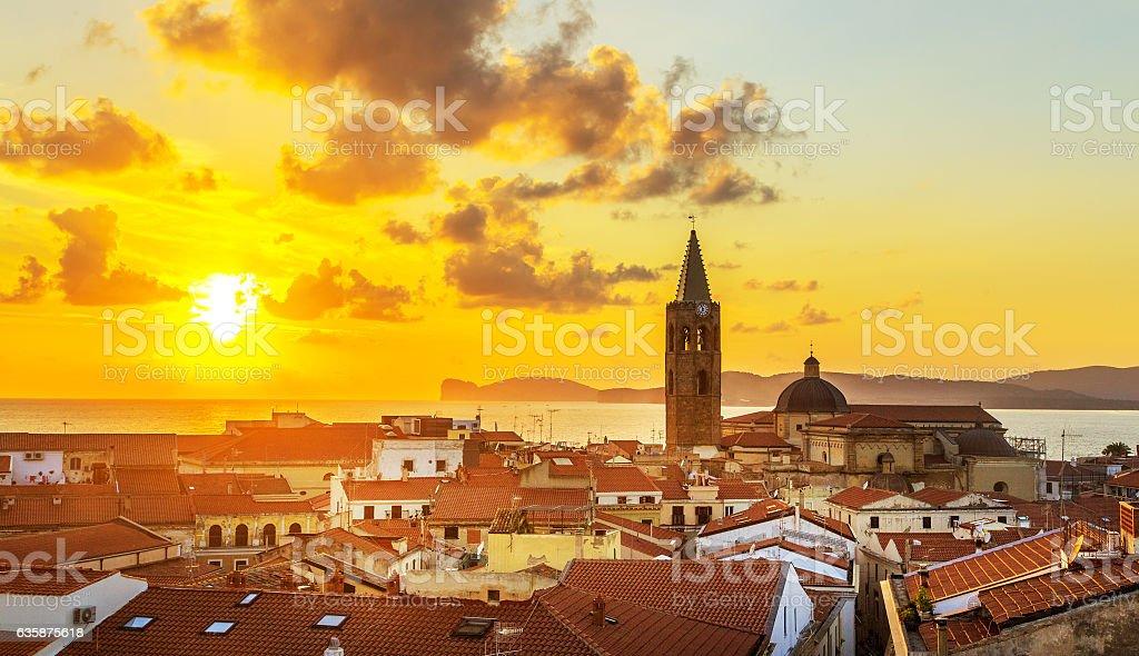 Alghero ciudad, Sardinia - foto de stock