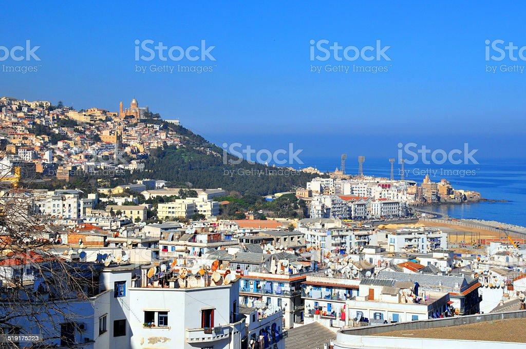 Alger, Algérie: Mideterranean la ville et la mer - Photo