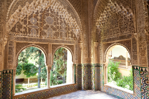 istock Alhambra de Granada. Court of the Vestibule 177118231