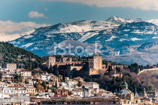 istock Alhambra in winter 452680217