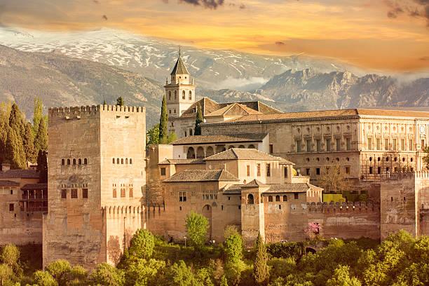 alhambra sunset - スペイン グラナダ ストックフォトと画像