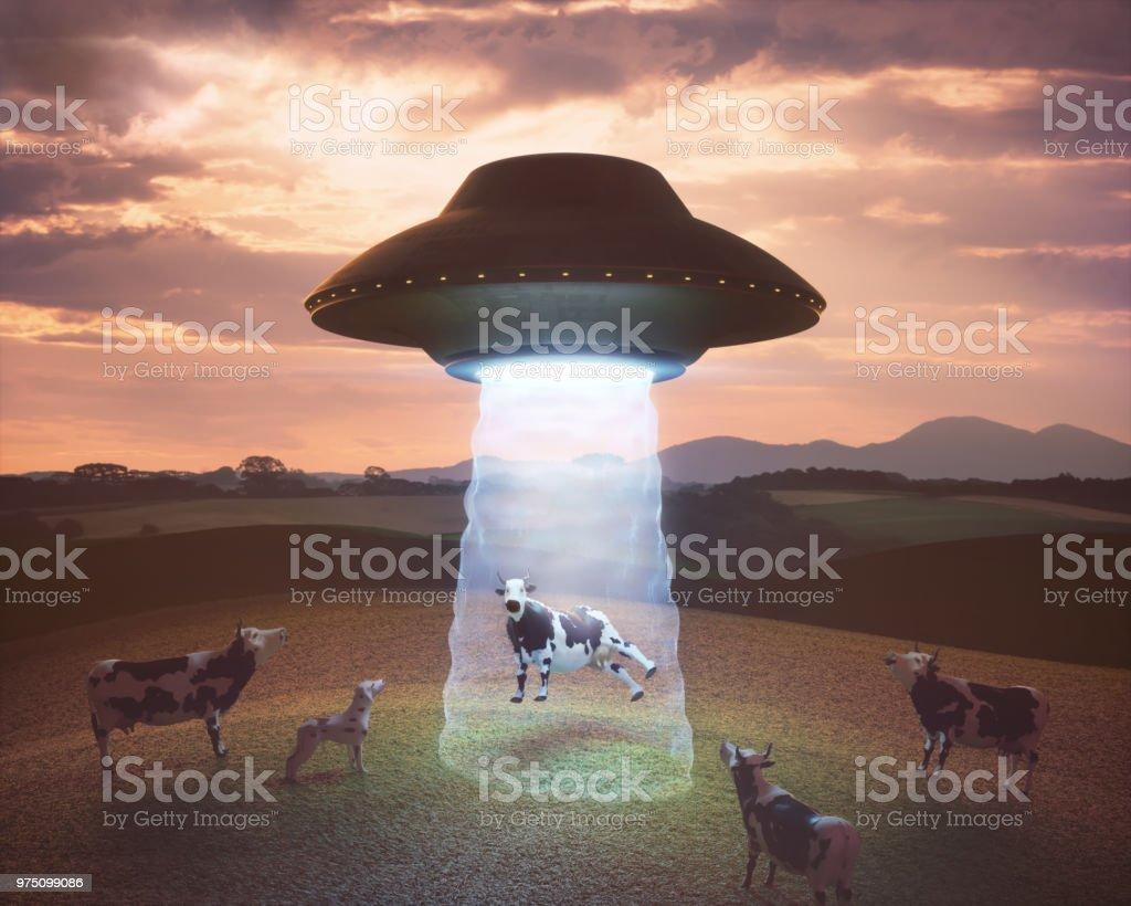 Entführung durch Außerirdische auf dem Bauernhof – Foto
