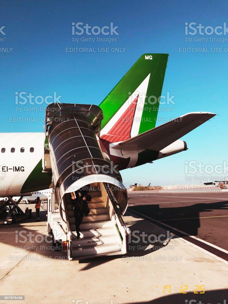 Alitalia A320 with Alitalia Tail - foto stock